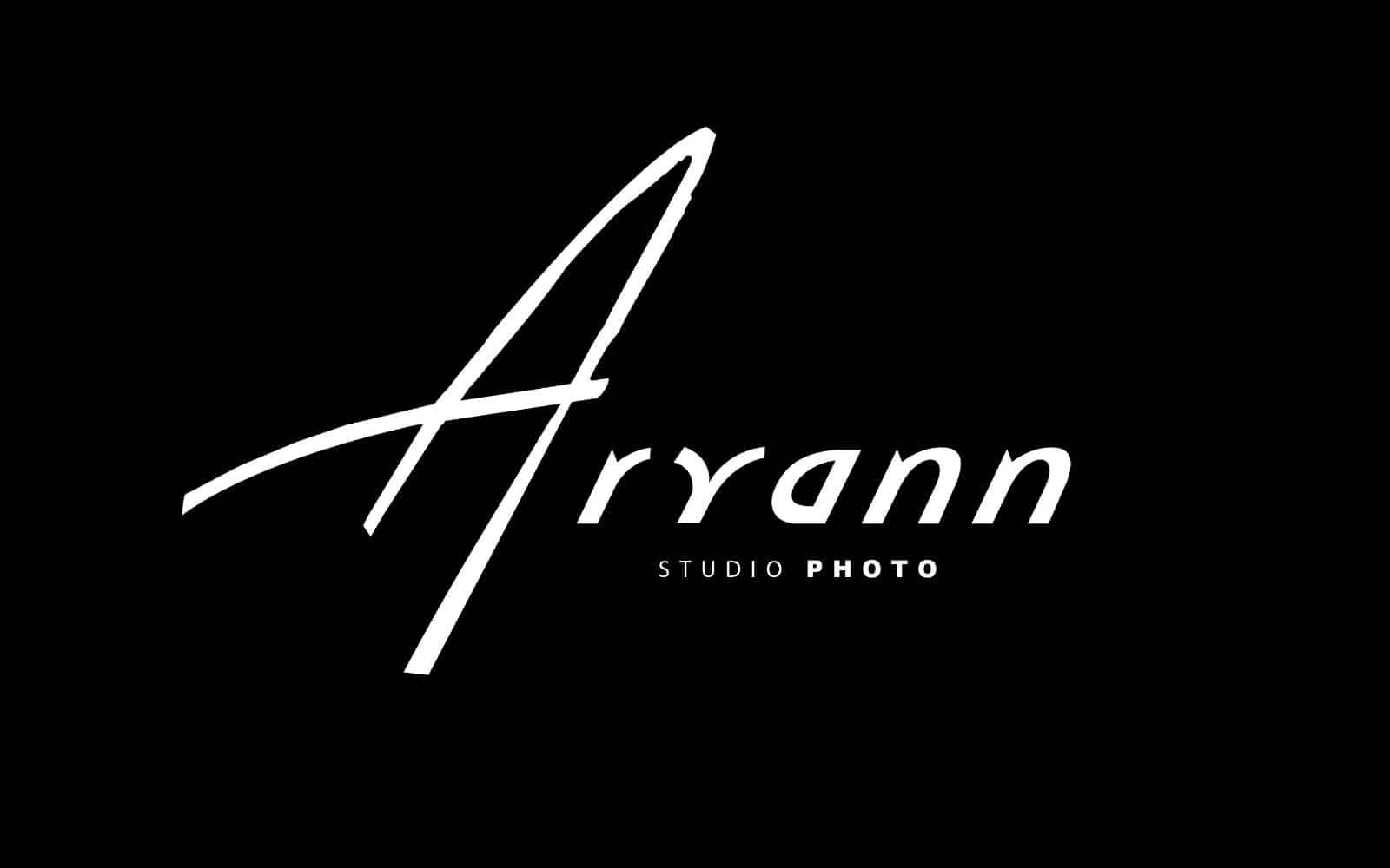logo aryann photographie