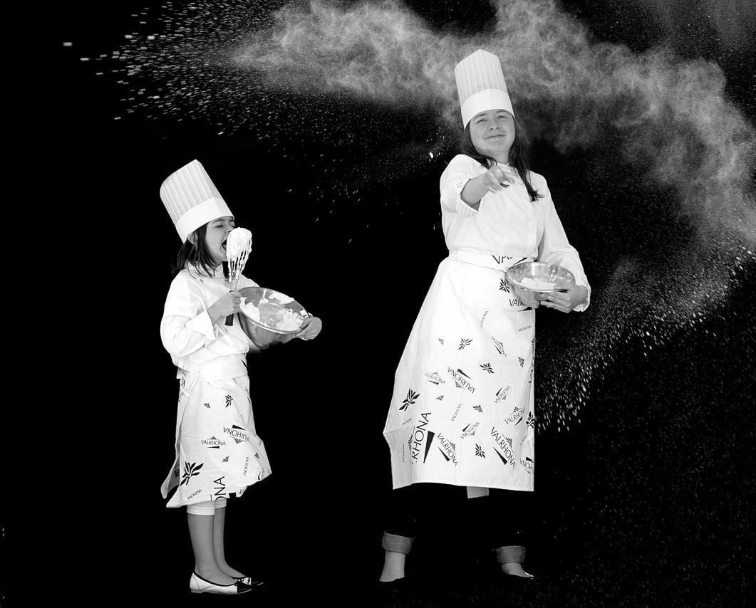 Mère et fille en cuisine Valrhona