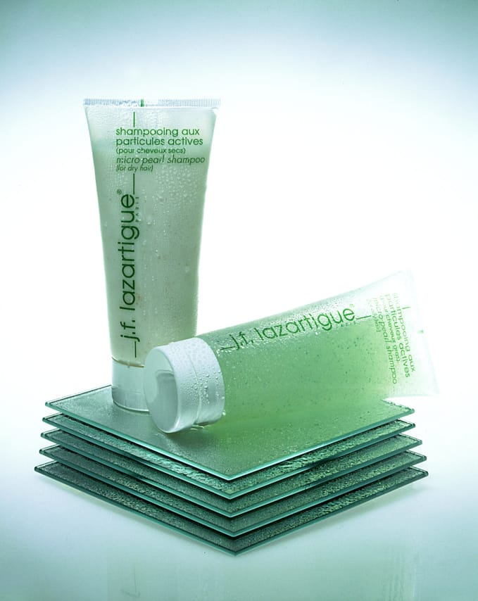 Deux tubes de shampoing Lazartigue