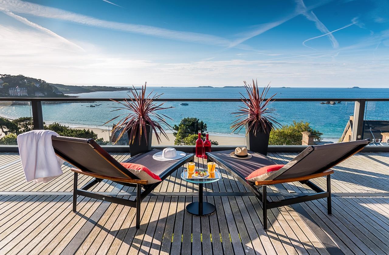Magnifique vue de la terrasse sur mer