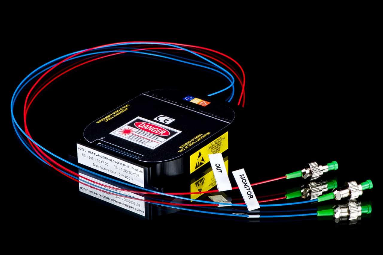 Emetteur miniature à laser à fibre pulsé de 1.5 µm - 3S Photonics