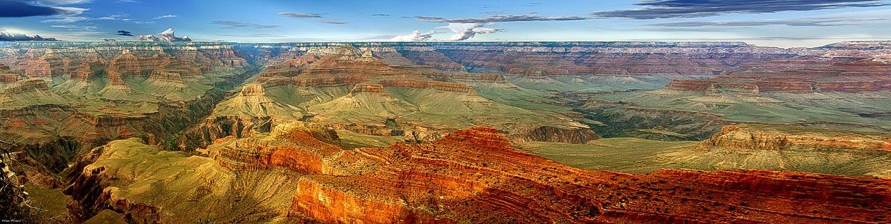 Panoramique couleur paysage américain avec montagnes